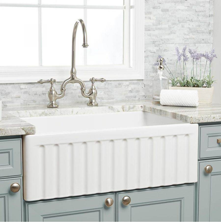 Maidstone 30'' X 18'' Reversible Fireclay Farmhouse Sink - White